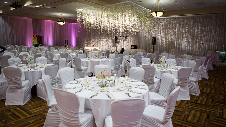 Kalahari ballroom with formal round table set up